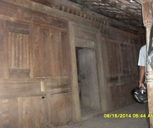 buy and rebuild simple classic joglo wooden house in bali gladak resi 1