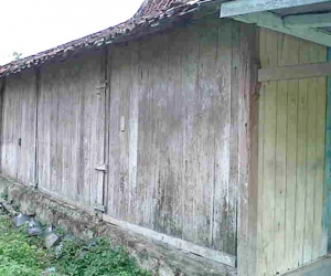 buy antique wooden house joglo java wooden house for villa complex joglo bagustiang 4