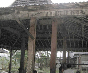 buy and rebuild knockdown houses joglo limasan gladak in bali joglo 8