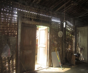 buy and rebuild traditional javanese joglo wooden houses in bali 7