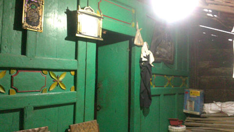 classic javanese joglo wooden house for sale gladak manggar 12